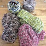 ふわふわのマフラーやスヌード編みませんか?
