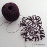 細い糸で、繊細なモチーフ
