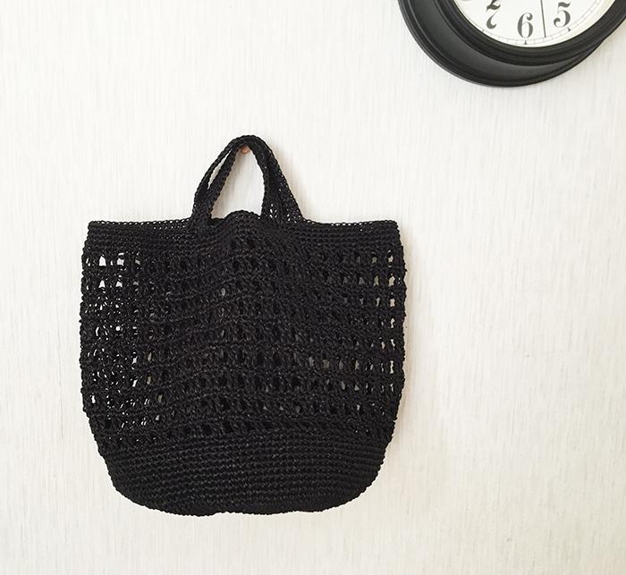バッグを編みました
